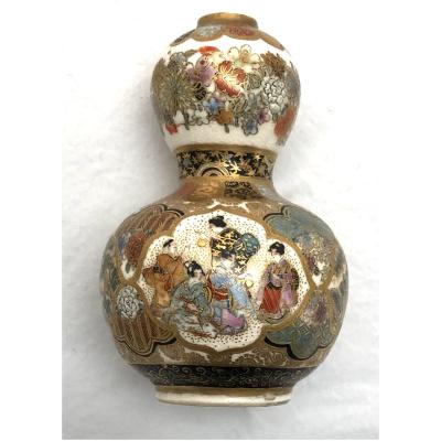 Antique Meiji Satsuma Petite Gourd Vase